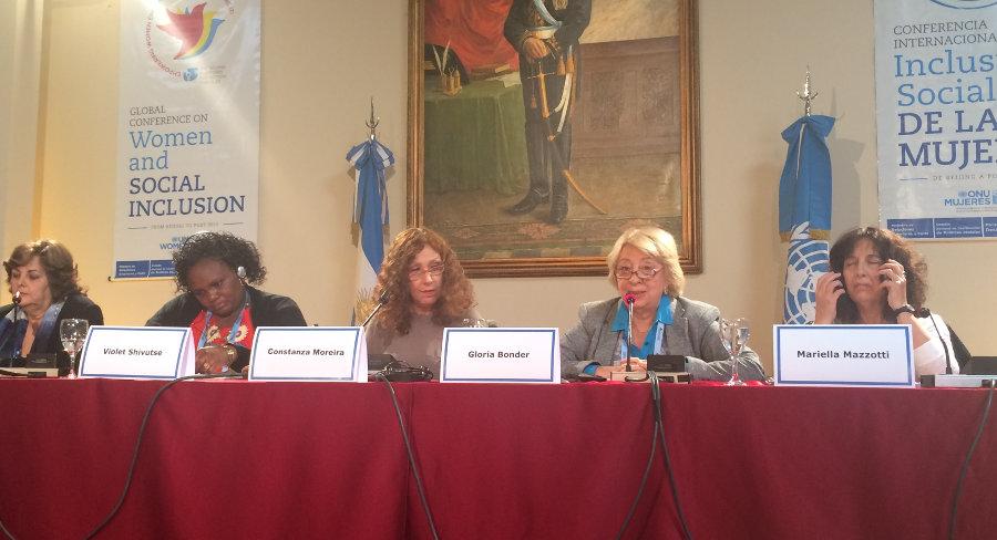 Bonder en la Conferencia Inclusion Social de la Mujer