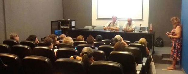 """Charla: """"Cuestiones de Salud Pública en Argentina: Dengue, Zika y Chikungunya"""""""